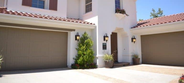 A white suburban home